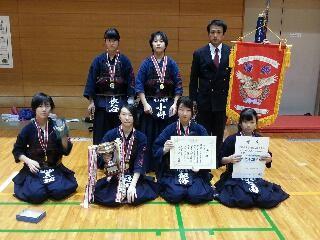 剣道27度新人女子優勝